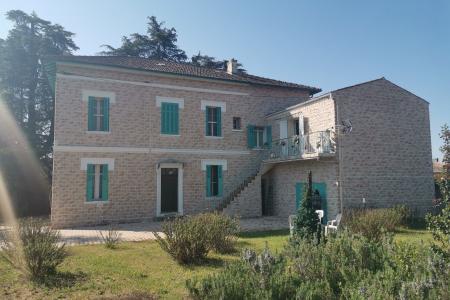 LES ARCS SUR ARGENS, maison de maître DE 238 M² à relooker sur 1392 m² de terrain constructible - Image 3