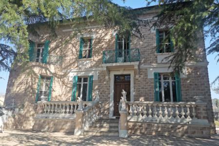 LES ARCS SUR ARGENS Rare  old property with independant apartment - Image 2