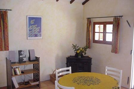 LORGUES,  maison d 'environ 60 m² hab + cabanon aménagé - Image 3