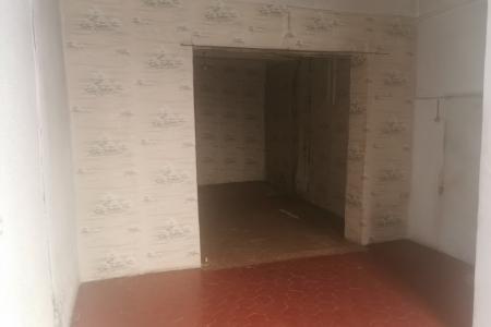 SALERNES, appartement à rénover + garage, remise+ cave - Image 3