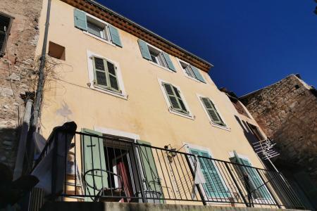 LORGUES, appartement mesurant 42.63 m² habitable avec une chambre
