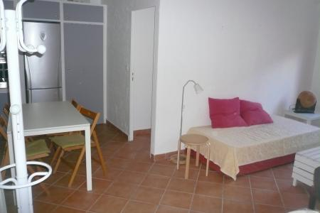 LORGUES ONE BEDROOM FLAT 41 M2 - Image 3