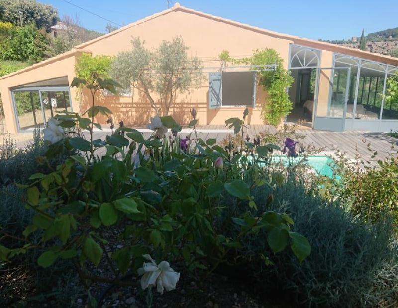 COTIGNAC Villa entièrement rénovée, travaux de qualité. - Image 3
