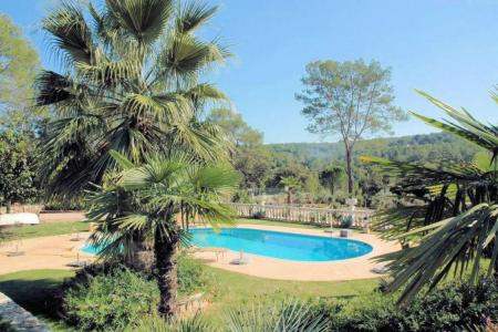 Large 4 bed villa with swimming pool - Image 2
