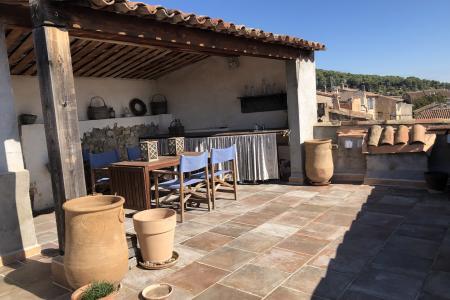 LORGUES Grande et unique maison de village avec beaucoup de charme! - Image 2
