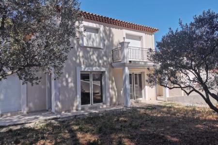 SILLANS LA CASCADE Modern and bright villa next to the village