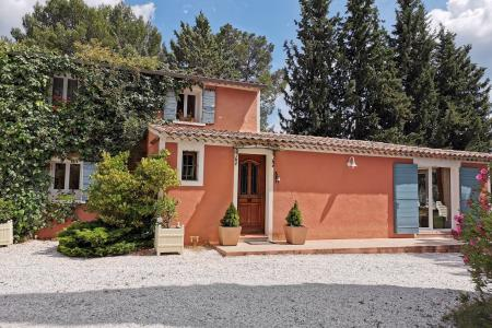 COTIGNAC, property with 500 olive trees