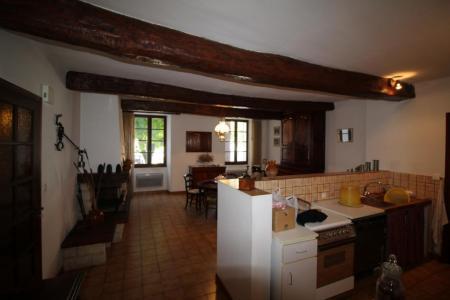 Cabasse, une maison de village pleine de possibilités. - Image 2