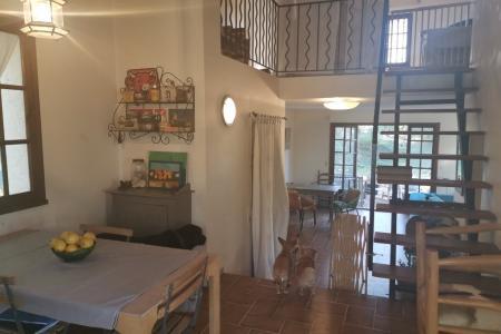 LORGUES,  maison traditionnelle d environ 90 m² sur 4976 m² - Image 2
