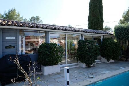 Cotignac deux maisons, deux piscines, deux chambres d'hôtes, un pool-house - Image 3