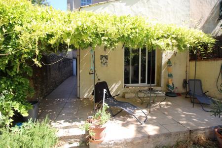 Brignoles, jolie maison de village avec jardin - Image 2