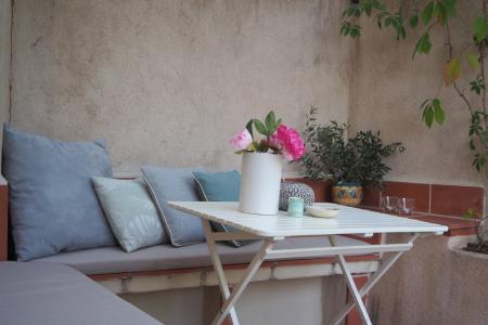 COTIGNAC Beaucoup de charme! Terrasse et parking! - Image 2