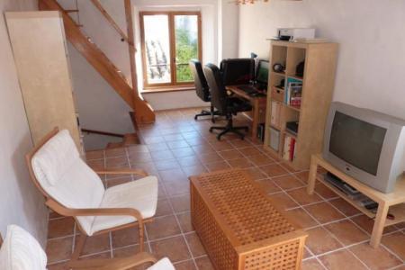 LORGUES jolie maison de village entièrement rénovée. - Image 3