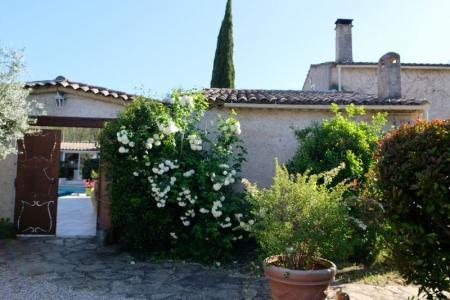 Cotignac deux maisons, deux piscines, deux chambres d'hôtes, un pool-house - Image 2