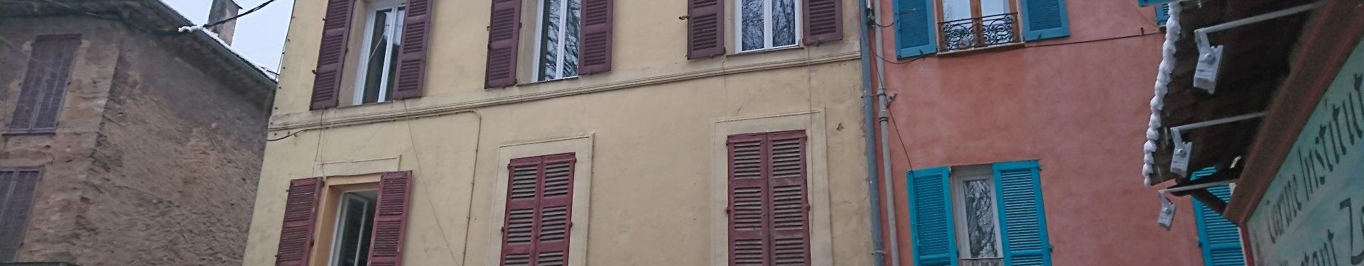 SALERNES, grand appartement de 88 m² avec 2 chambres